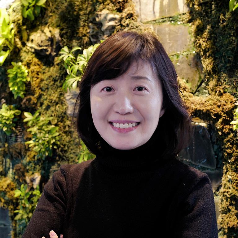 Jiyoung Kwahk